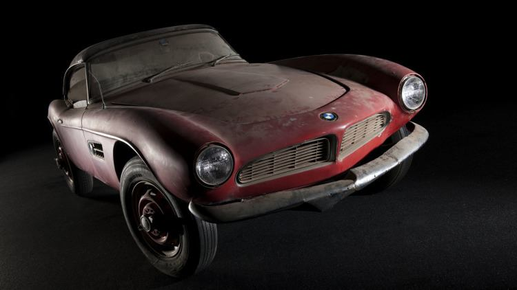 BMW Just Beautifully Restored Elvis Presley's Classic 507