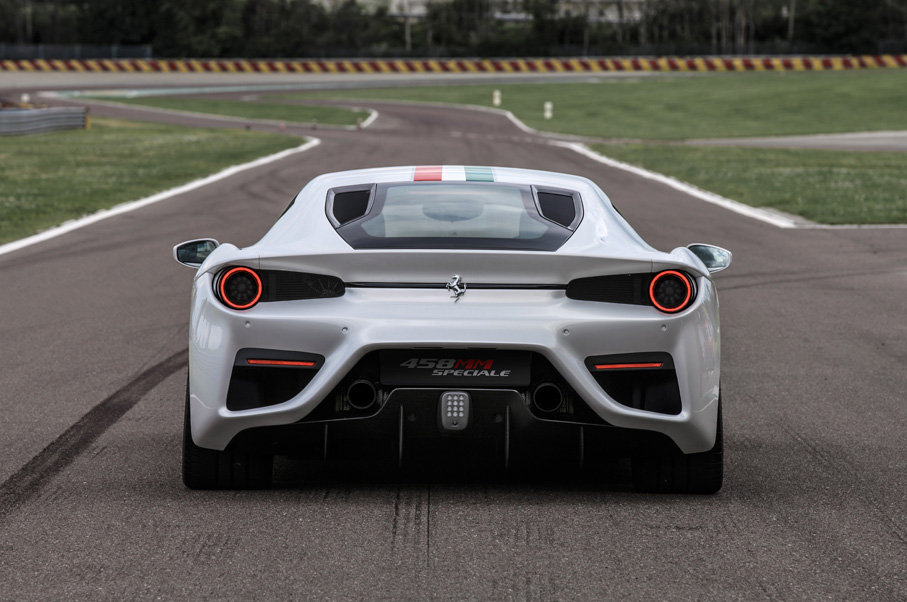 160375-car-458_MM_Speciale_rear-SM