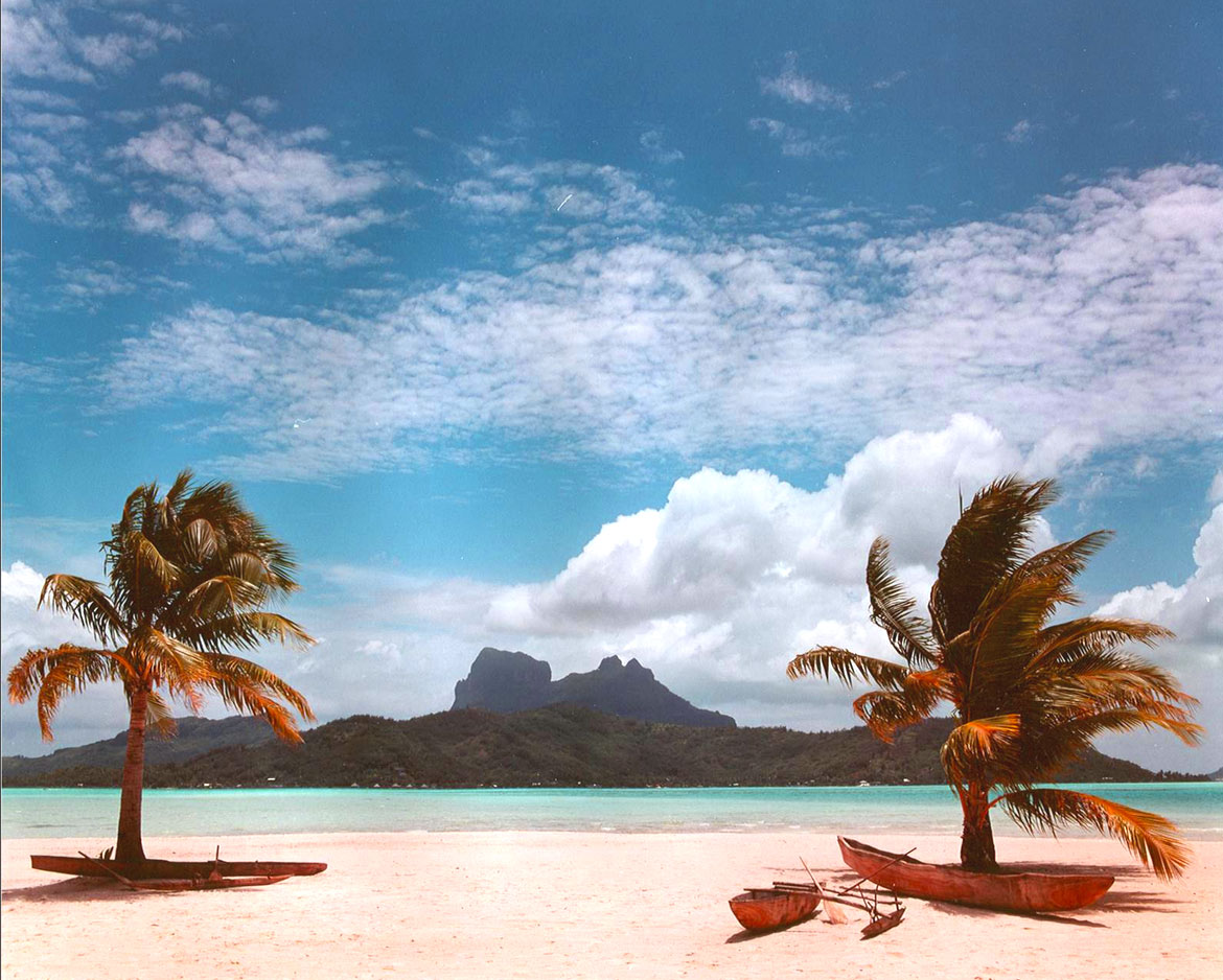 See The Unbelievable Bora Bora Island Up For Sale For An Astronomical $50-Million