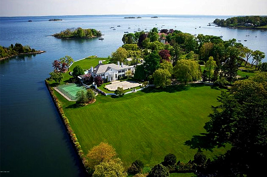 See Inside Donald Trump's Greenwich Mansion That's For Sale—For $9 Million Off