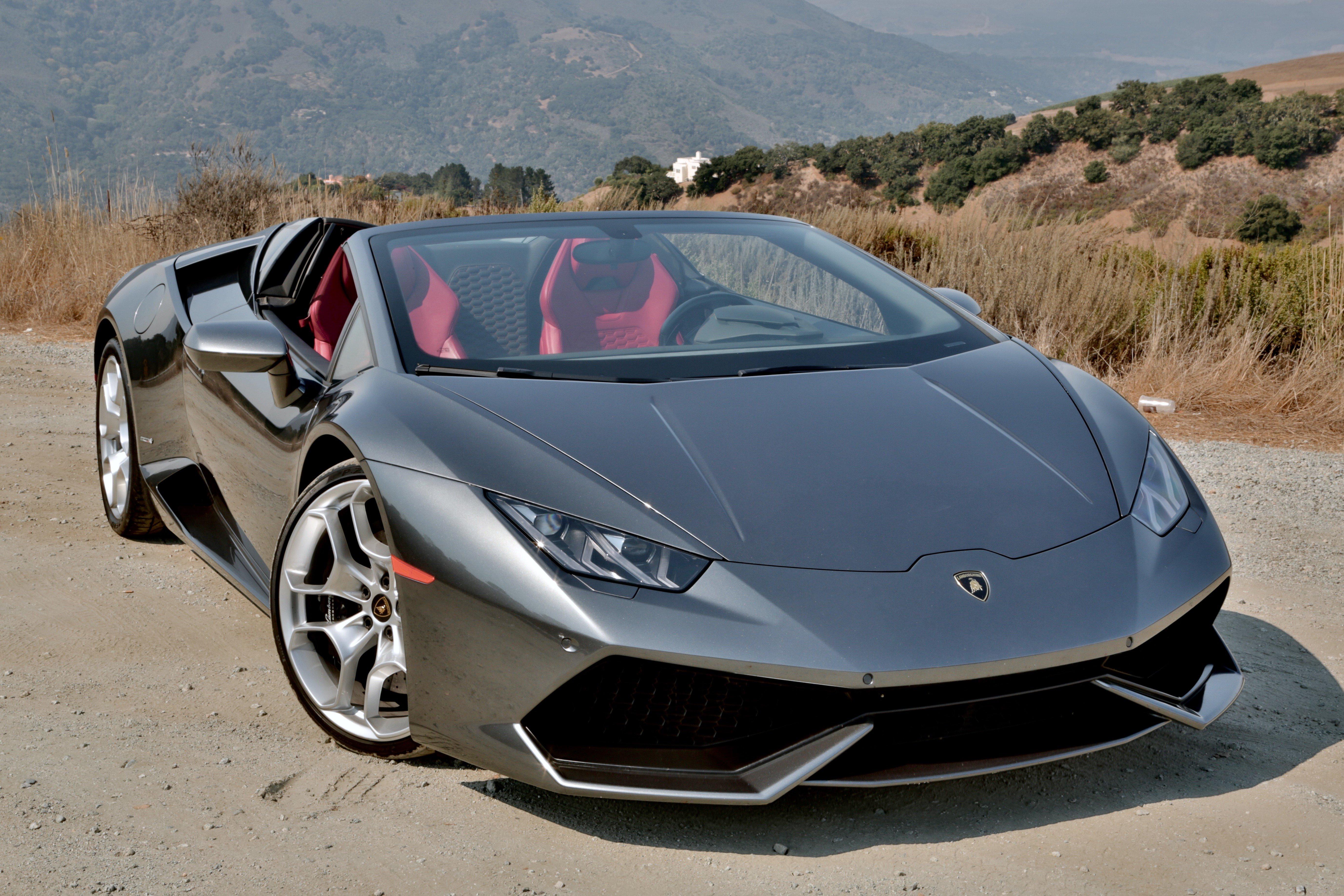 2016-Lamborghini-Huracan-LP-610-4-Spyder-Review-1