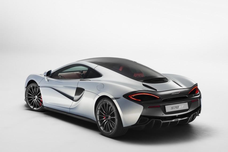 2016-McLaren-570GT-2