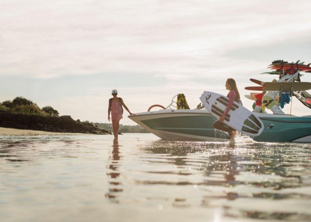 Meet the Mac Daddy of Ski Boats–MasterCraft's New XT23