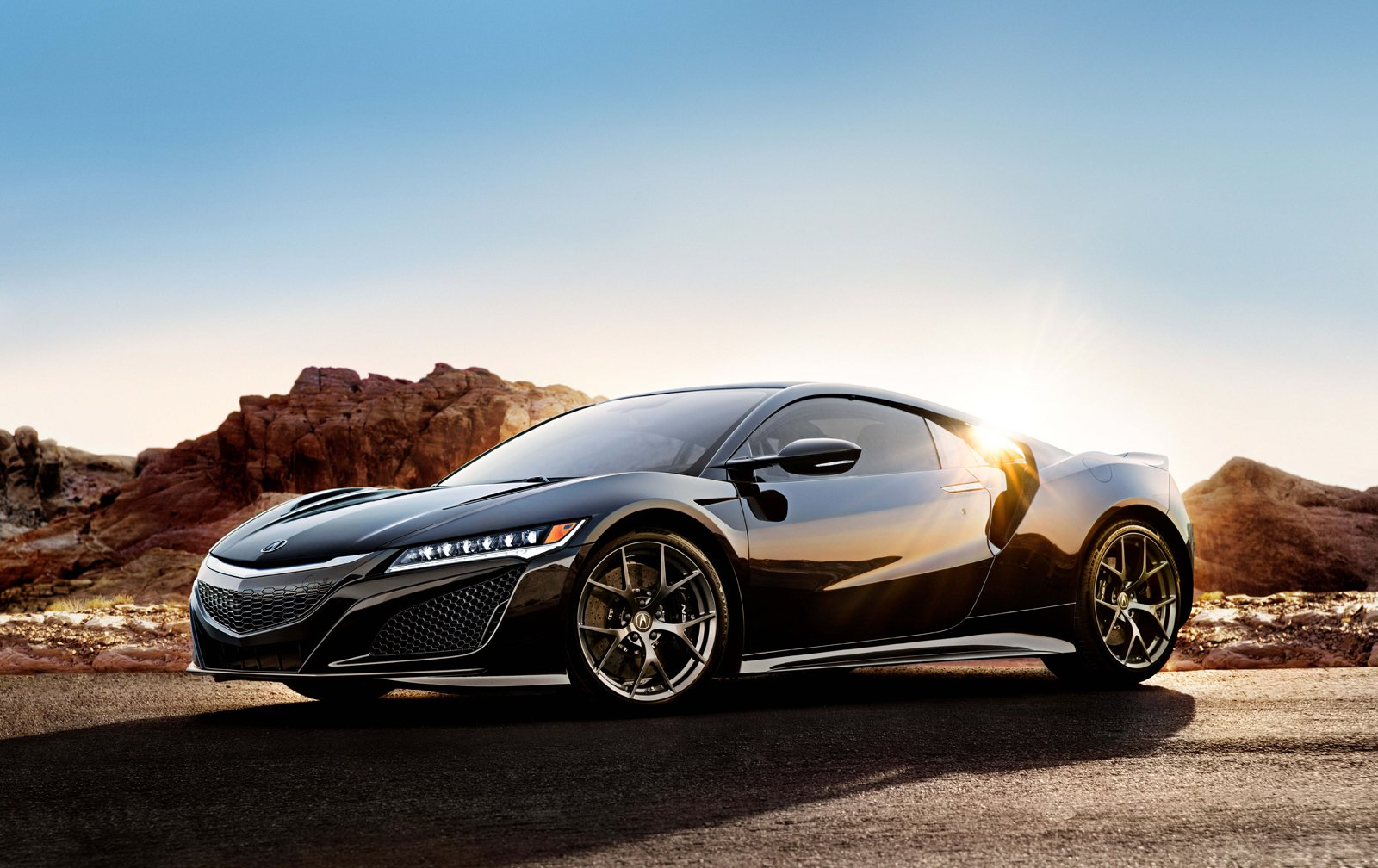 The First Production Acura NSX Fetches $1.2 Million at Auction