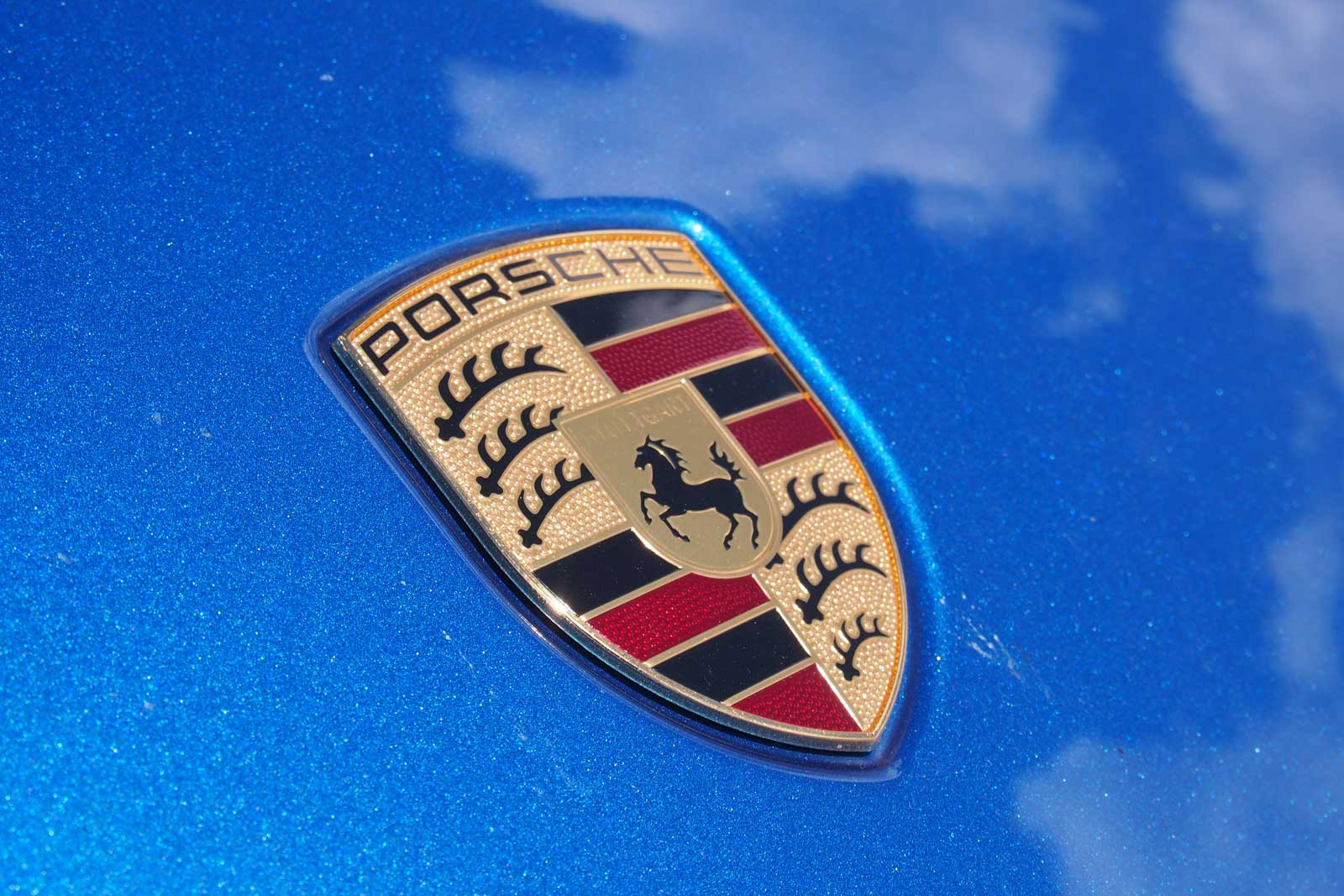 This is How Porsche Trolled Honda So Hard