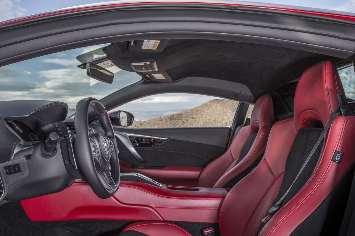 acura nsx 2014 interior. interior like its exterior the nsxu0027s cabin is modern but doesnu0027t do much to distinguish itself from acurau0027s lesser offerings acura nsx 2014 interior