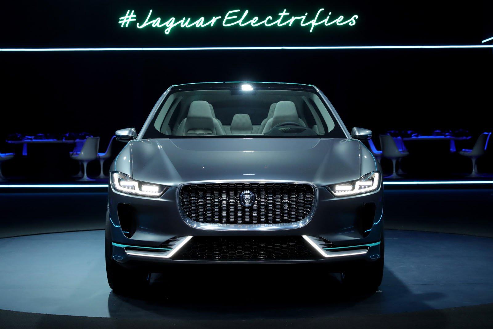 2018-Jaguar-I-Pace-Concept-29