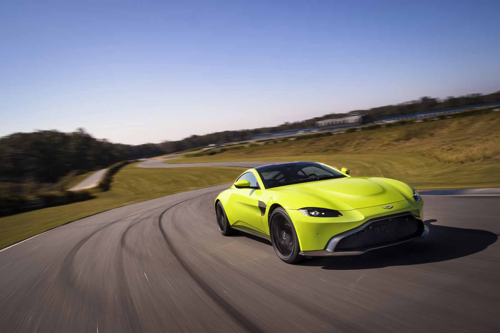 New 2019 Aston Martin Vantage is Here to Eat Your Lunch