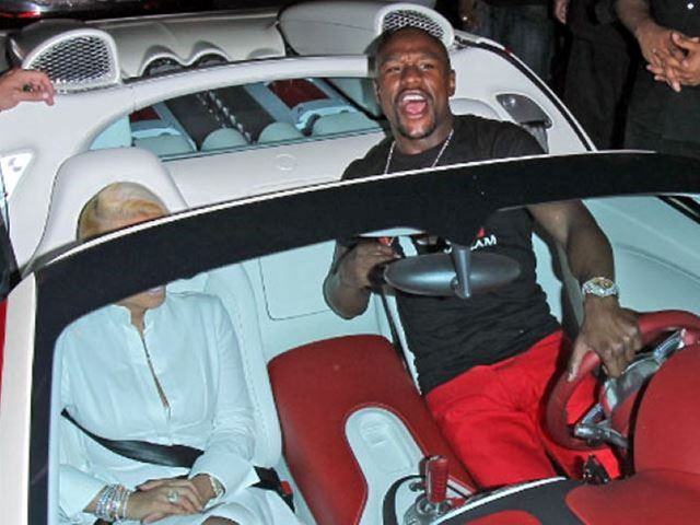 Guess Which Supercar Floyd Mayweather Just Bought After Selling His Veyron to Make Room