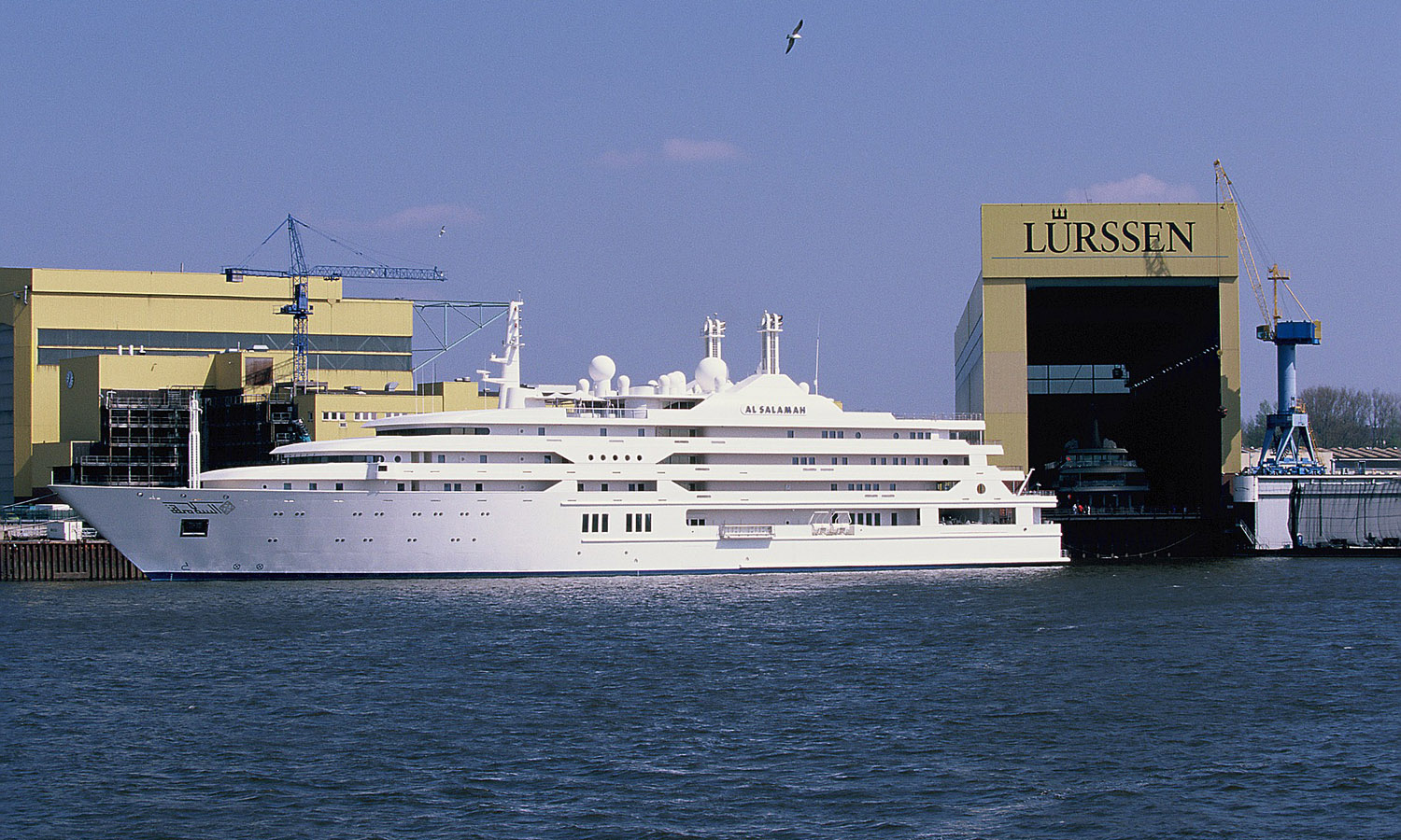 The 10 Largest SuperYachts in the World Are Shockingly Huge!