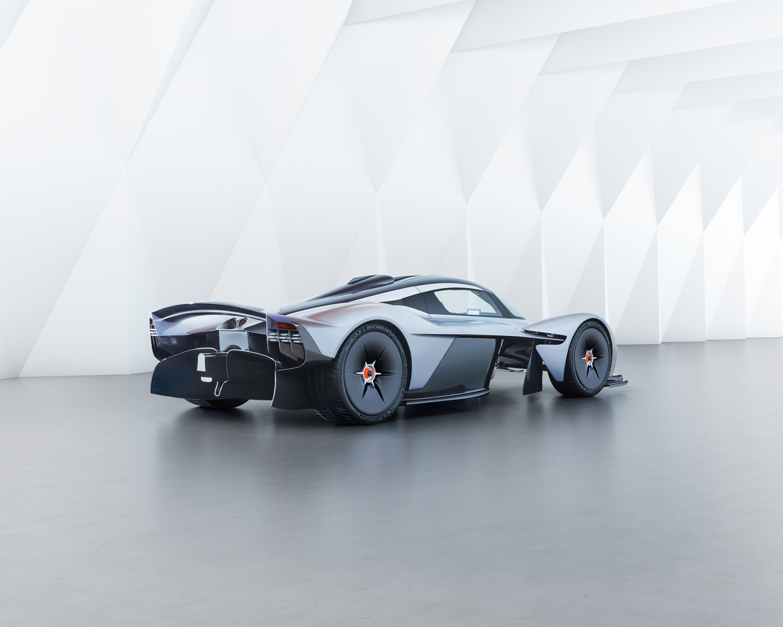 Aston Martin Valkyrie Will Make 1,130 HP From its Cosworth V12