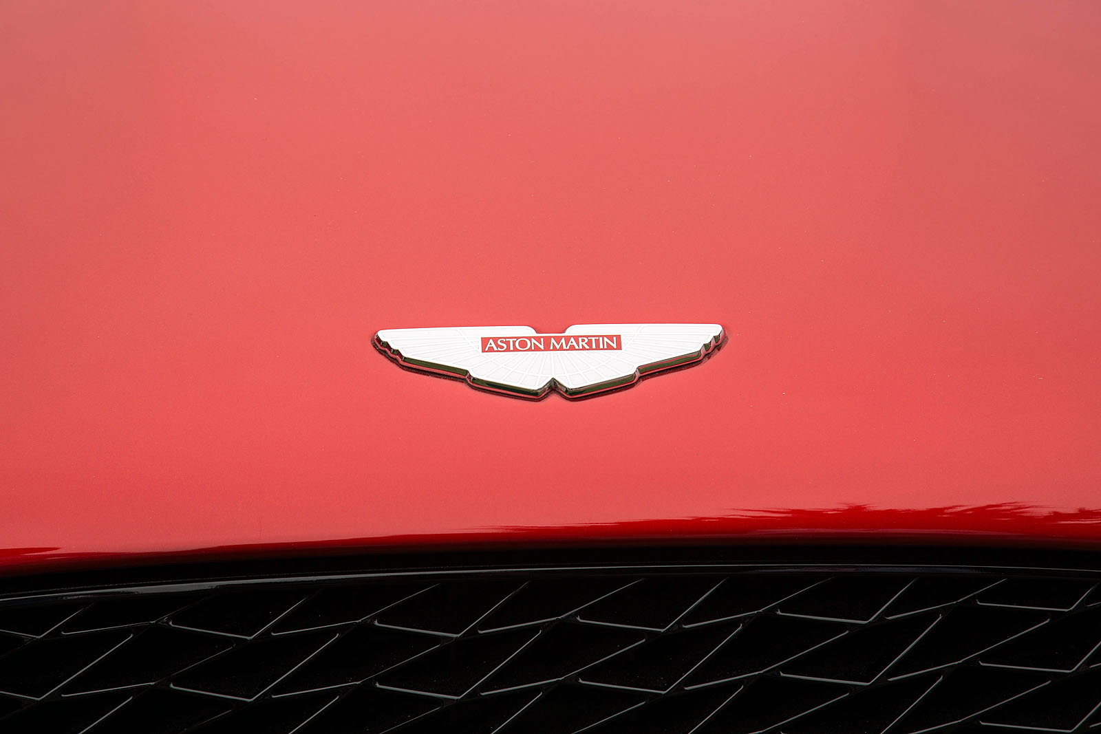 Aston Martin Vanquish Zagato Volante Will Start at $850K