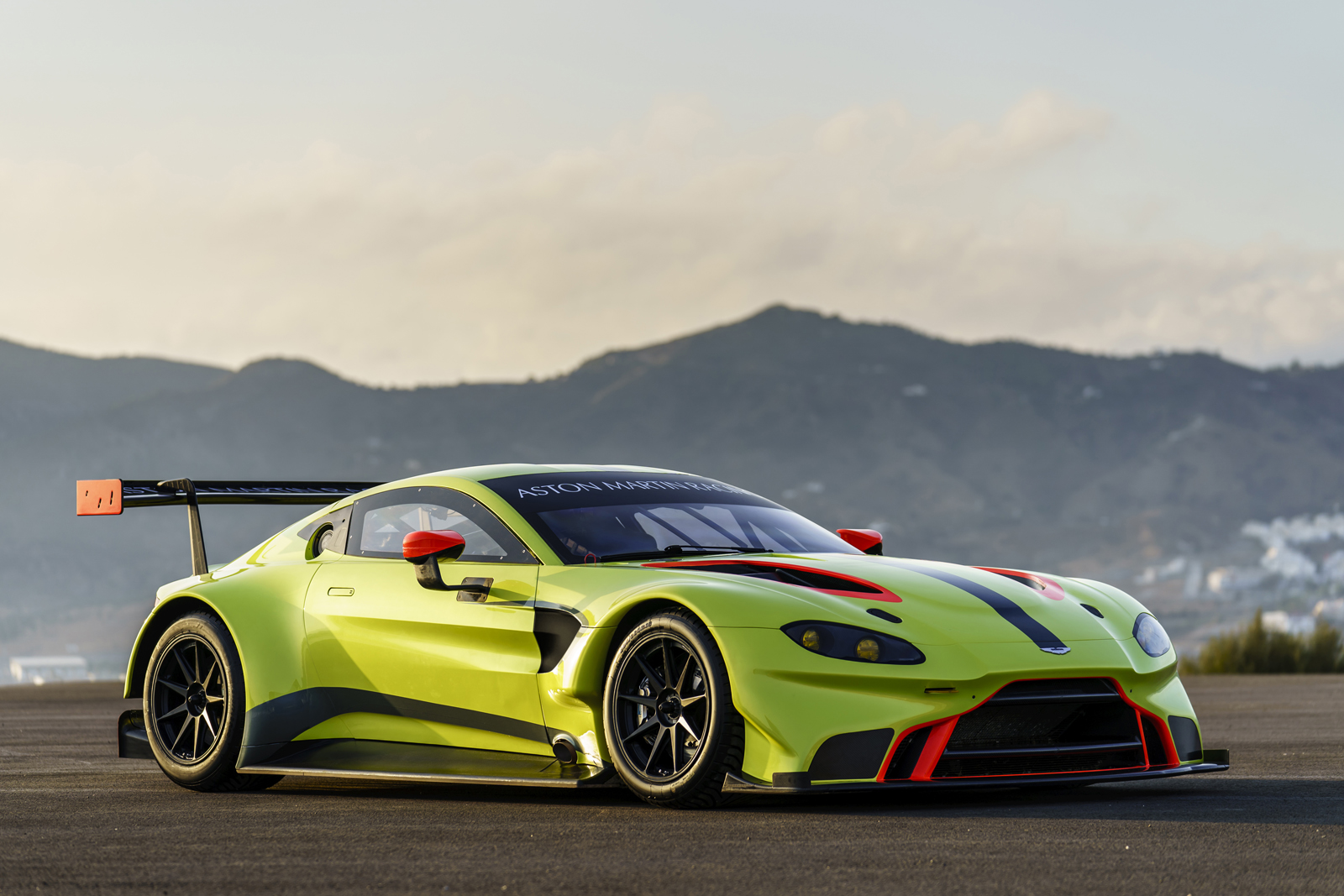 Aston Martin to Defend Le Mans Victory in All New Vantage GTE