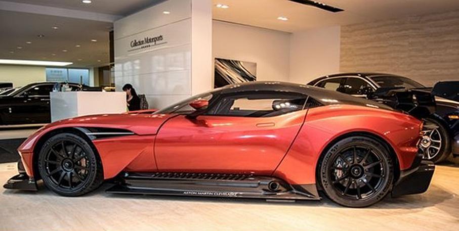 aston-martin-vulcan5