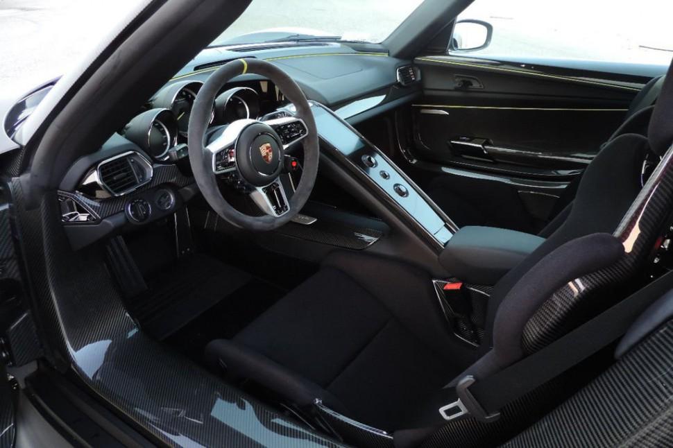 siêu xe Porsche Spyder xevathethao.vn