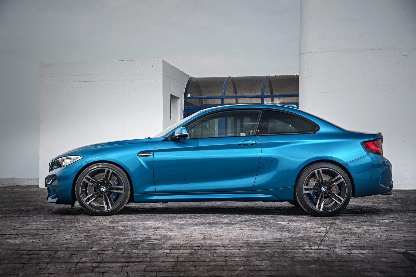 BMW M2 Rumored to Receive Hardcore Version with 400 HP