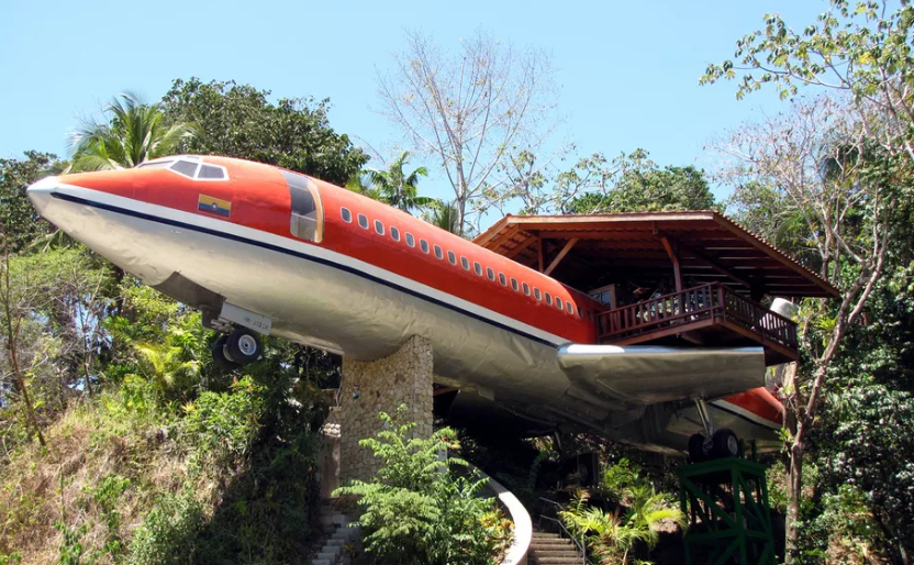 Airplane Hotel in the Treetops Is High Living Of A Different Sort