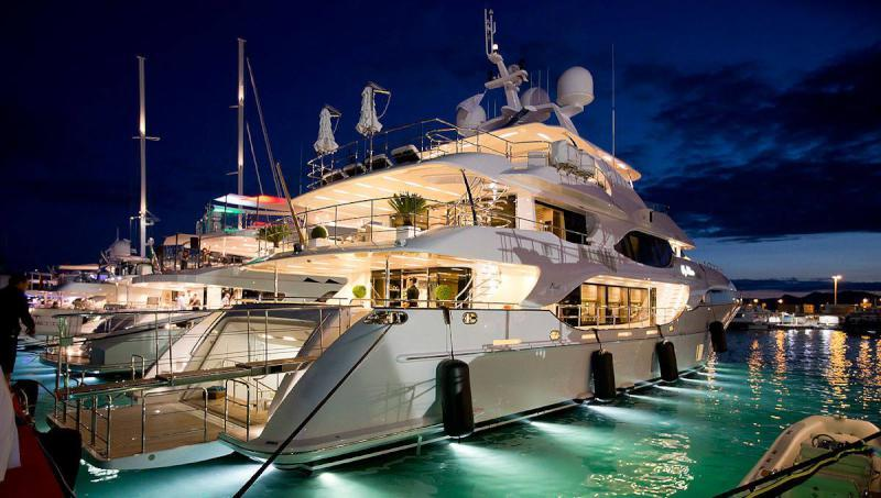 See Our Top 5 Yachts from the Cannes Yachting Festival