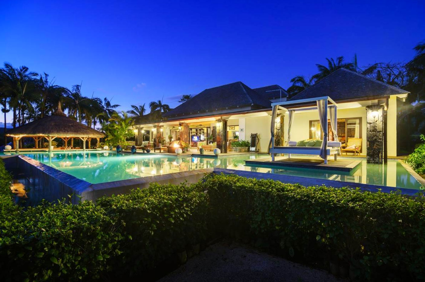 This Massive Beachfront Property in Mauritius Is An Investor's Dream
