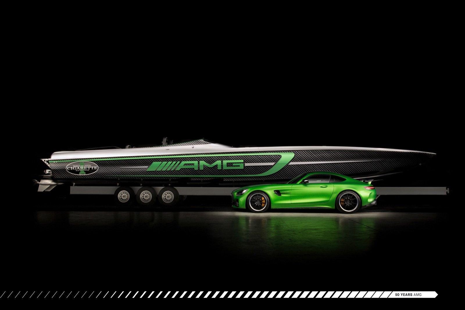 cigarette-racing-team-50-marauder-amg-boat-02
