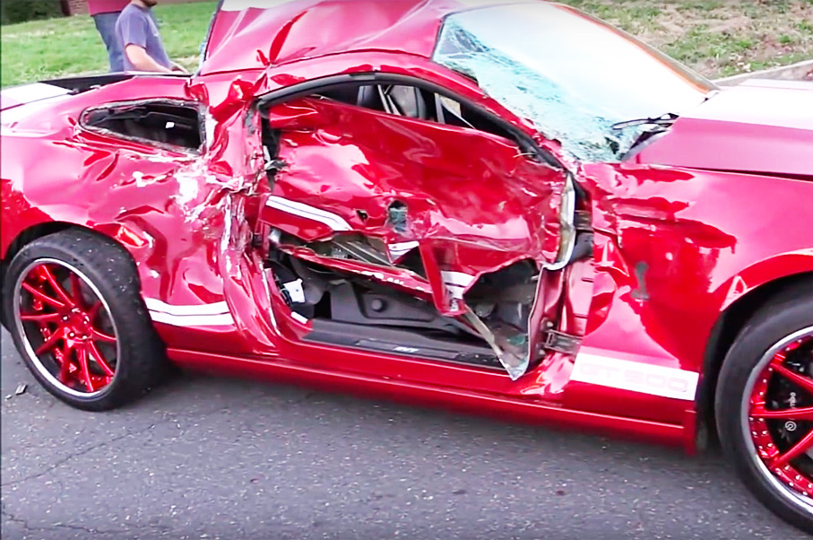 This Show-Off Crash Video Compilation Will Make You Seriously Cringe