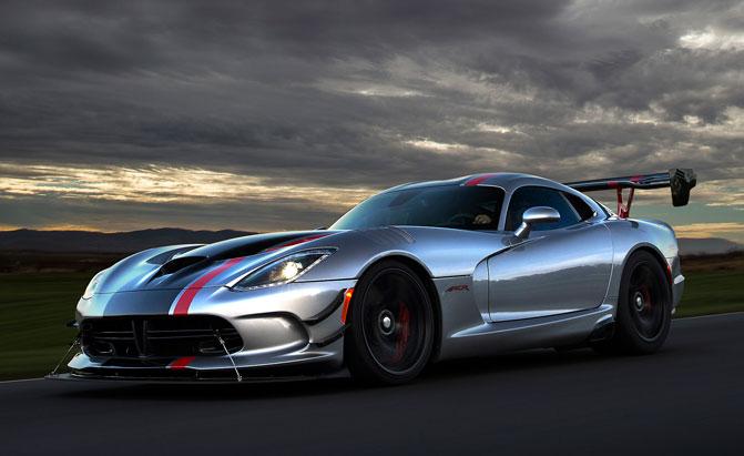10 Cars the Dodge Viper Beats at the Nurburgring