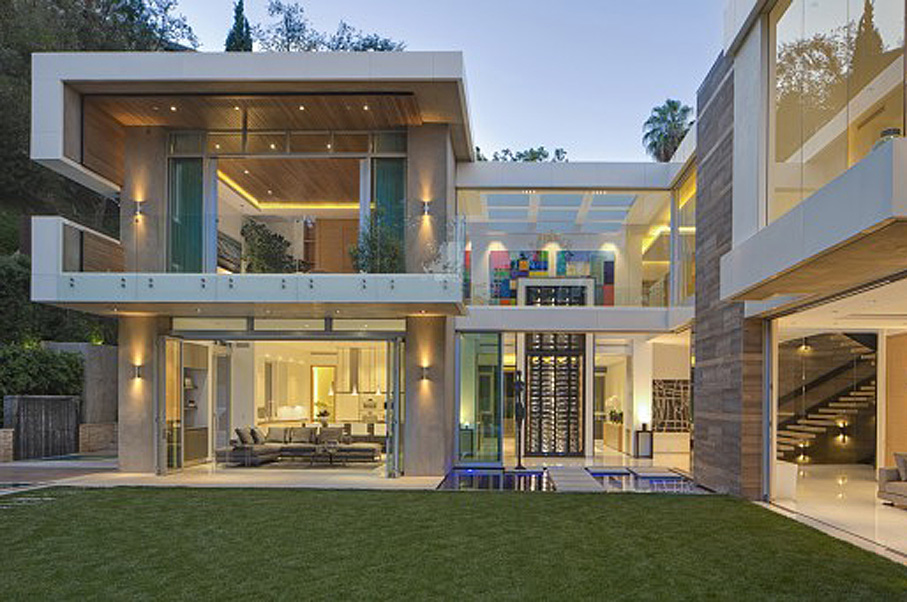 This $23 Million Sunset Strip Home Takes Luxury Entertaining to a Whole New Level