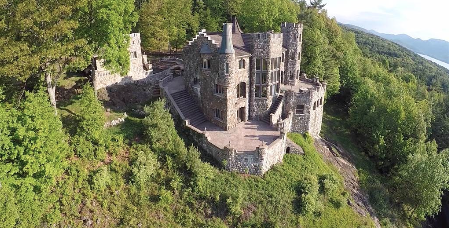 See the Luxury Castle For Sale in New York You Probably Didn't Know Existed