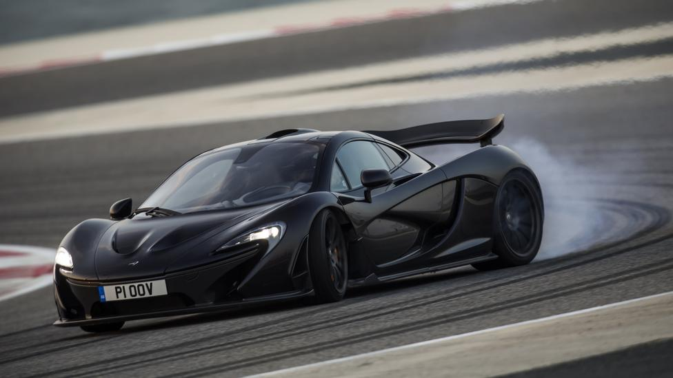 The Best Way to Drive a McLaren P1 is Sideways…
