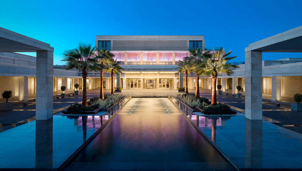 Portugal's Algarve Coast Opens Stunning New Anantara Resort