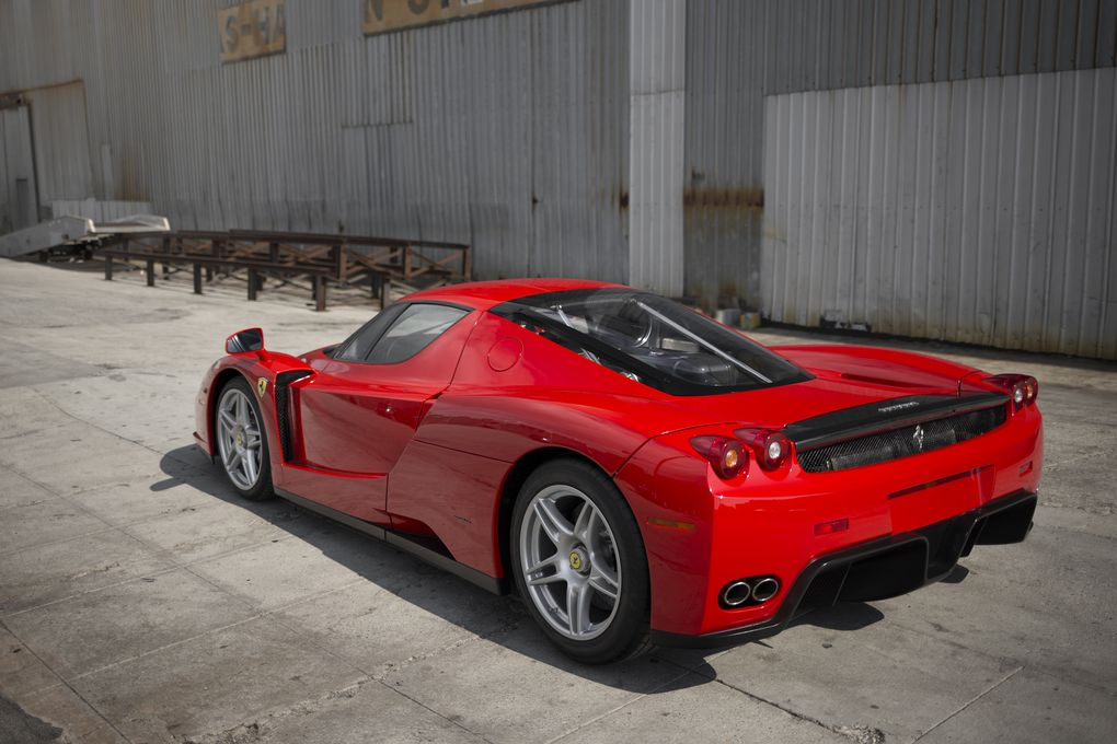 you won 39 t believe how much someone paid for the pope s ferrari enzo. Black Bedroom Furniture Sets. Home Design Ideas