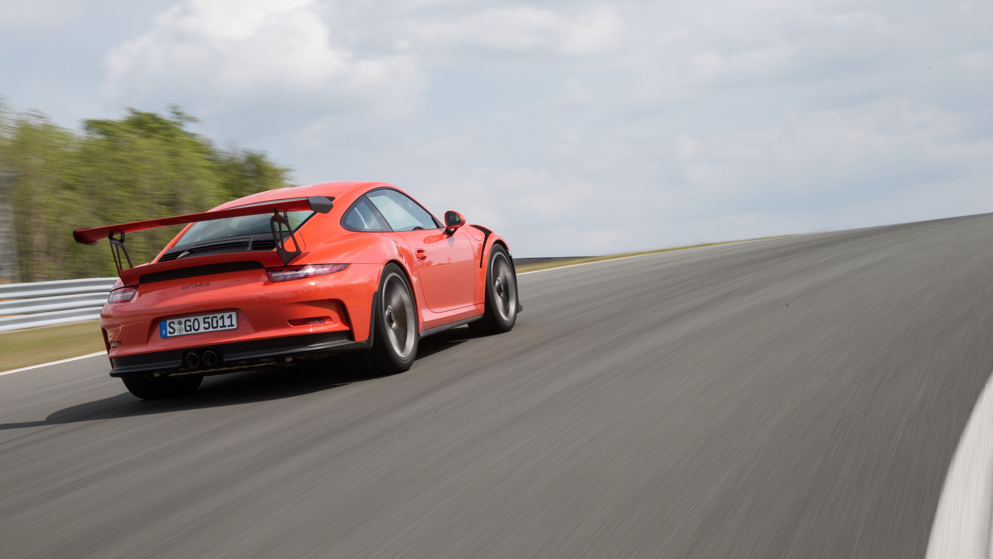 992 GT3 To Stay Naturally Aspirated, Bigger Engine Possible for RS