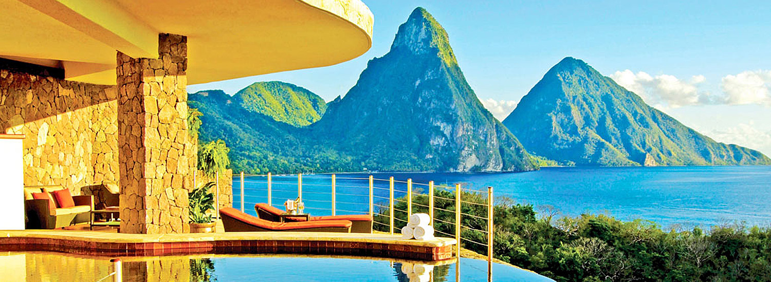 Top 5 Luxury Hotels With the Most Breathtaking Views of Nature