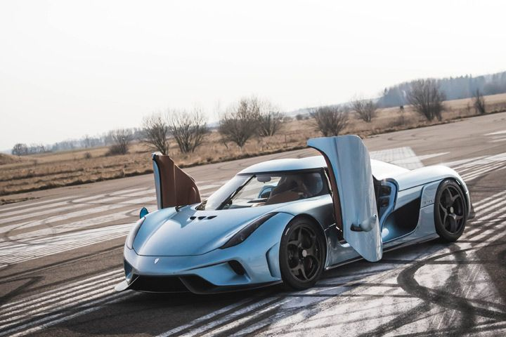 Who Knew That a Koenigsegg Could Actually Do This?