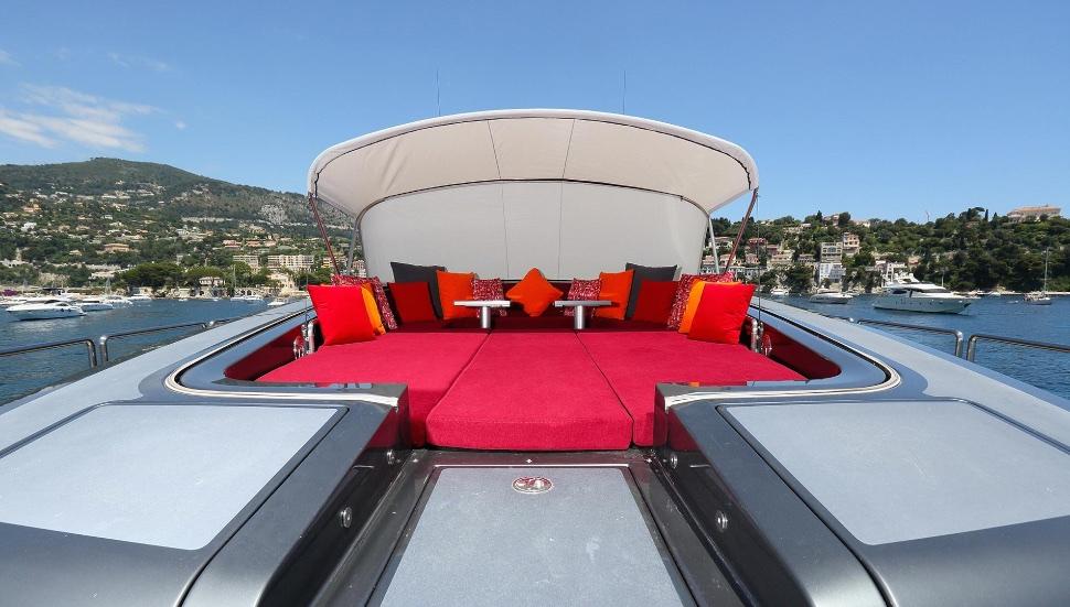 koji_performance_yacht_suite_luxury_4_play 001