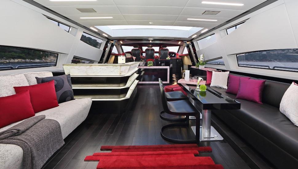 koji_performance_yacht_suite_luxury_4_play 006