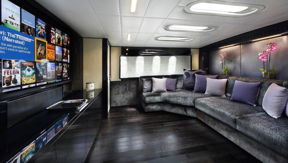 koji_performance_yacht_suite_luxury_4_play 010