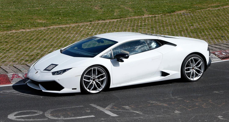 Lamborghini Huracan Superleggera Spied Doing its Rounds at Nurburgring