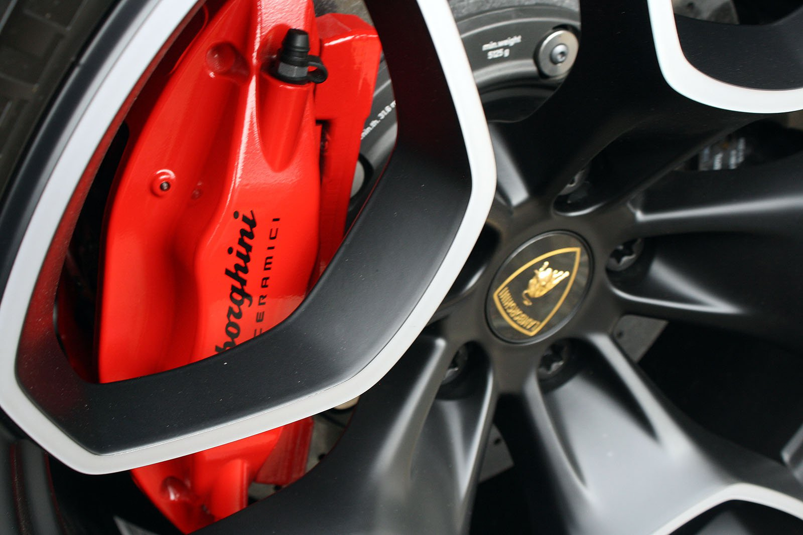 Lamborghini-ACSL-Grand-Opening-11