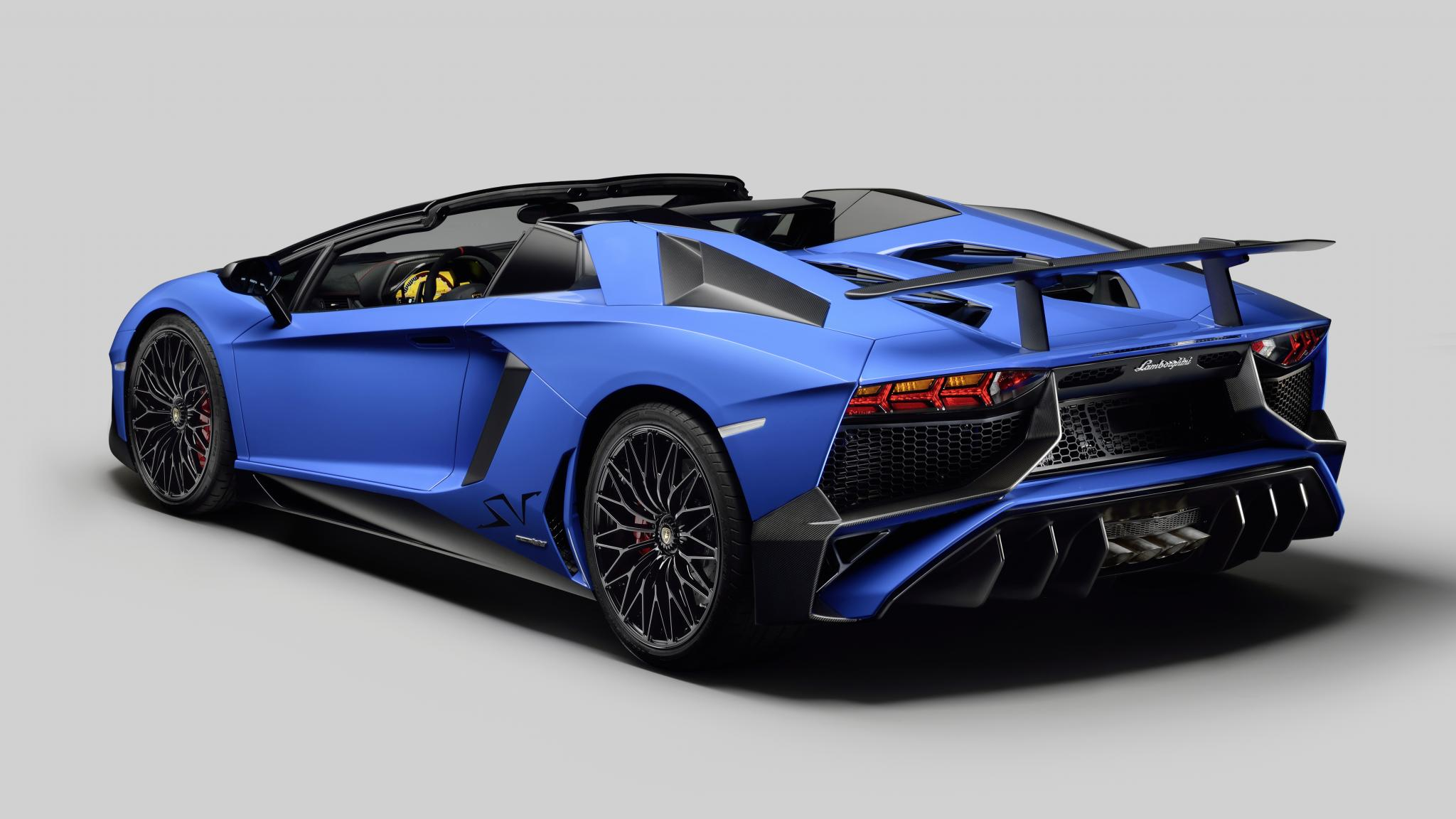 Lamborghini-AventadorSV-Roadster-3