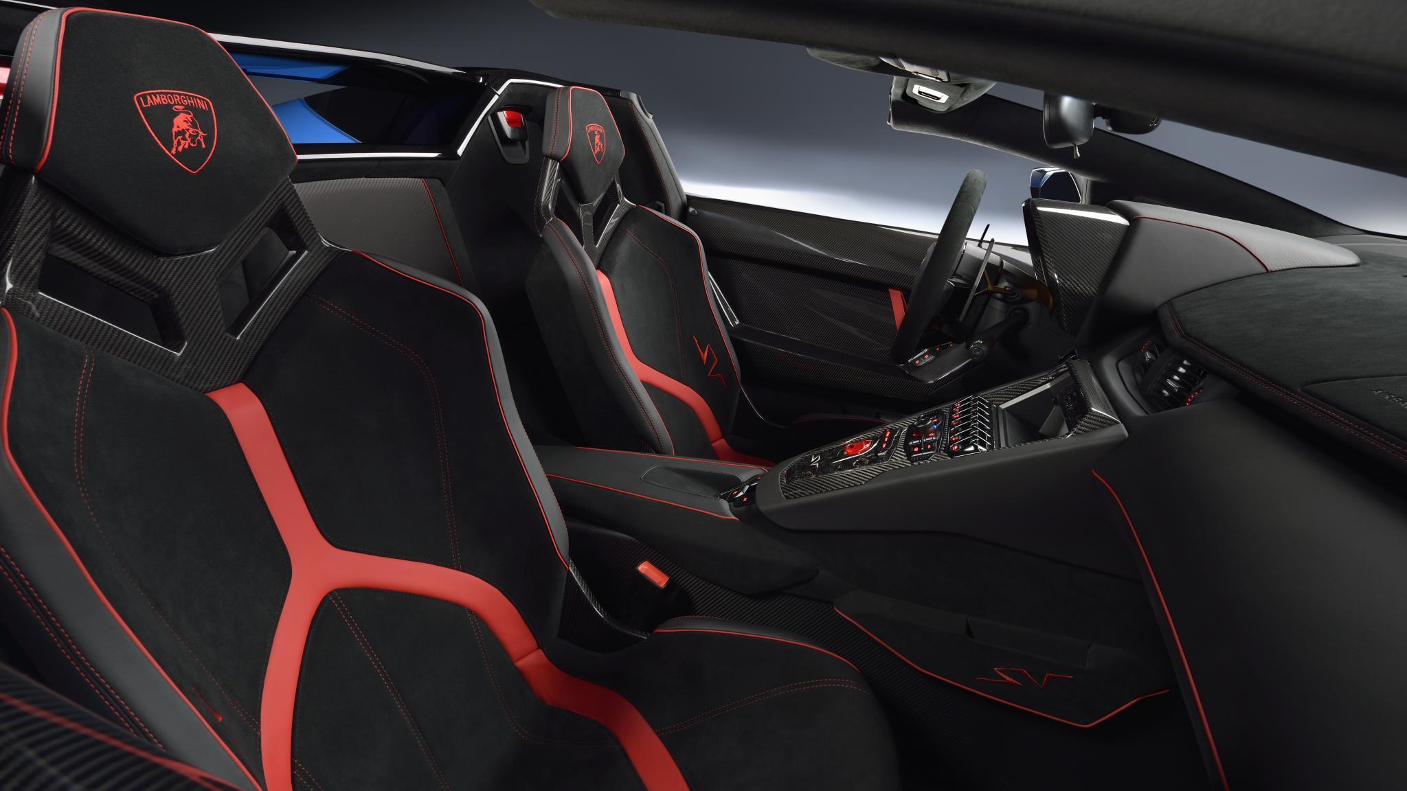 Lamborghini-AventadorSV-Roadster-5