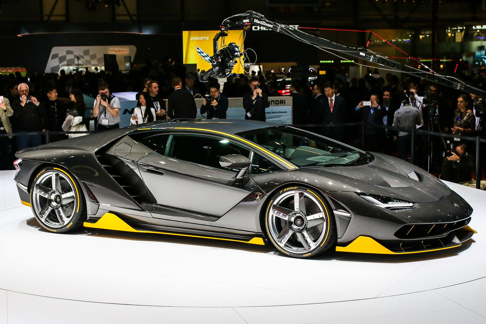 Lamborghini-Centenario-5