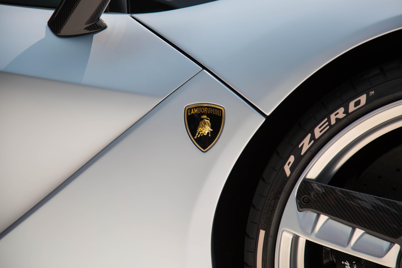 Lamborghini-Centenario-Roadster-Pebble-10