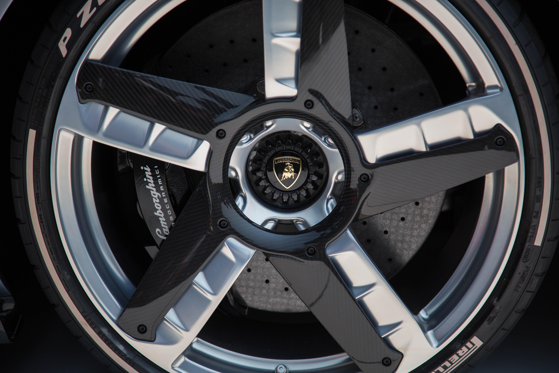 Lamborghini-Centenario-Roadster-Pebble-11