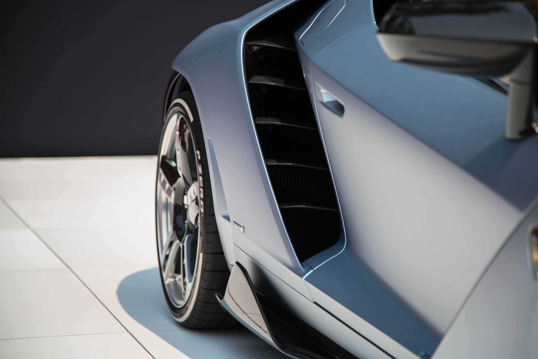 Lamborghini-Centenario-Roadster-Pebble-12