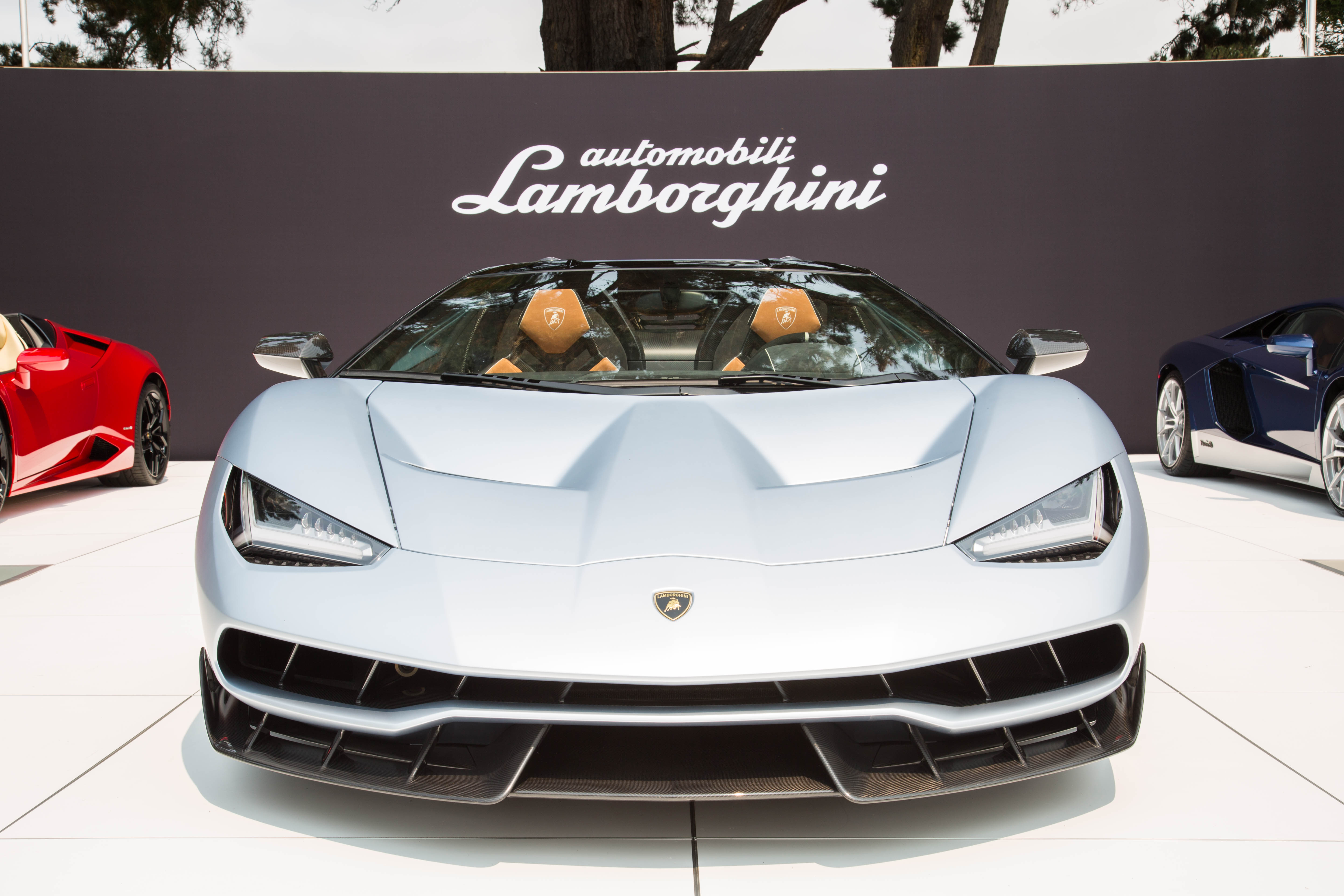 Lamborghini Drops Out of 2016 Paris Motor Show Because VW is too Poor…