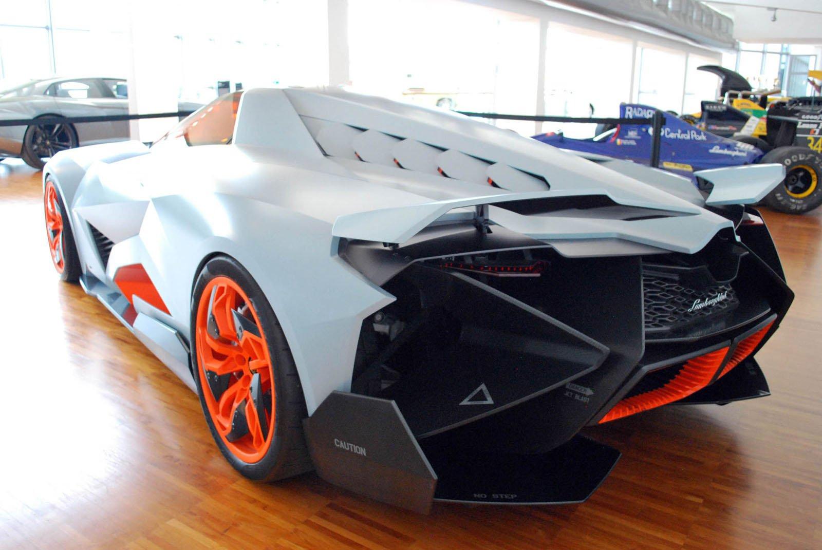 Lamborghini-Egoista-05