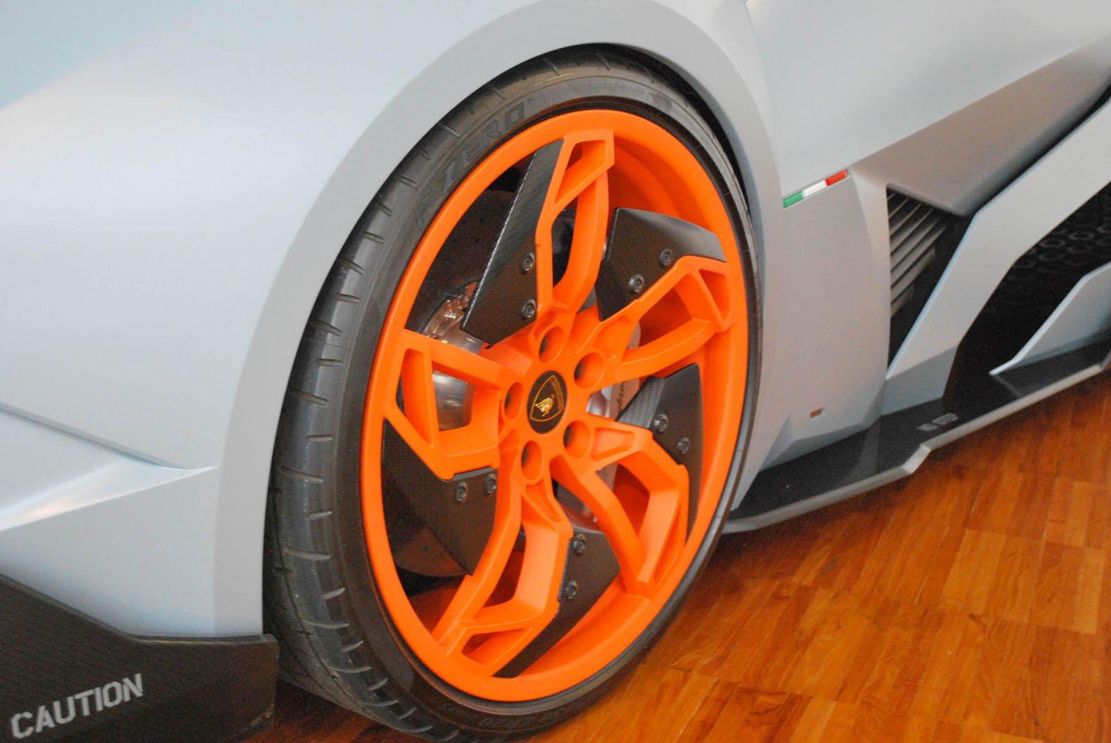Lamborghini-Egoista-08