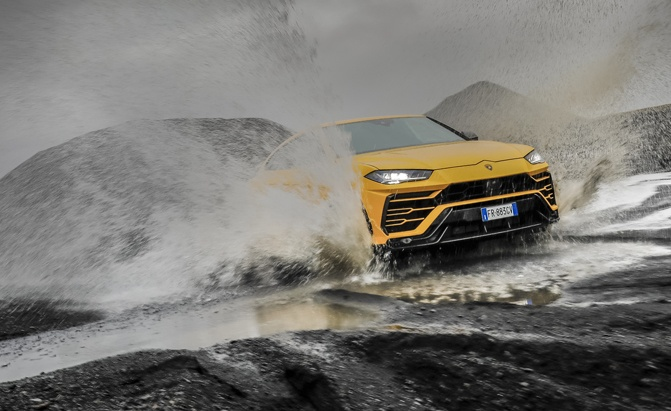 Off-Road Package Gives the Lamborghini Urus More Ground Clearance than an F-150