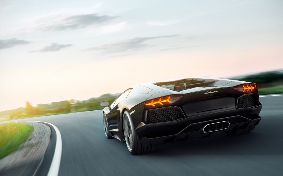 V12 + Green: Plug-in Hybrids to Succeed Lamborghini's Aventador and Huracan